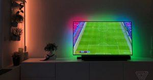 To niedrogie podświetlenie sprawia, że Twój duży telewizor jest jeszcze bardziej wciągający