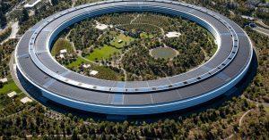 Apple odpycha powrót do biur z powodu rosnącej liczby przypadków COVID: raport