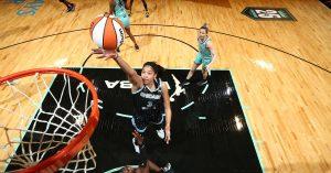 Candace Parker jako pierwsza kobieta występująca w okładce NBA 2K