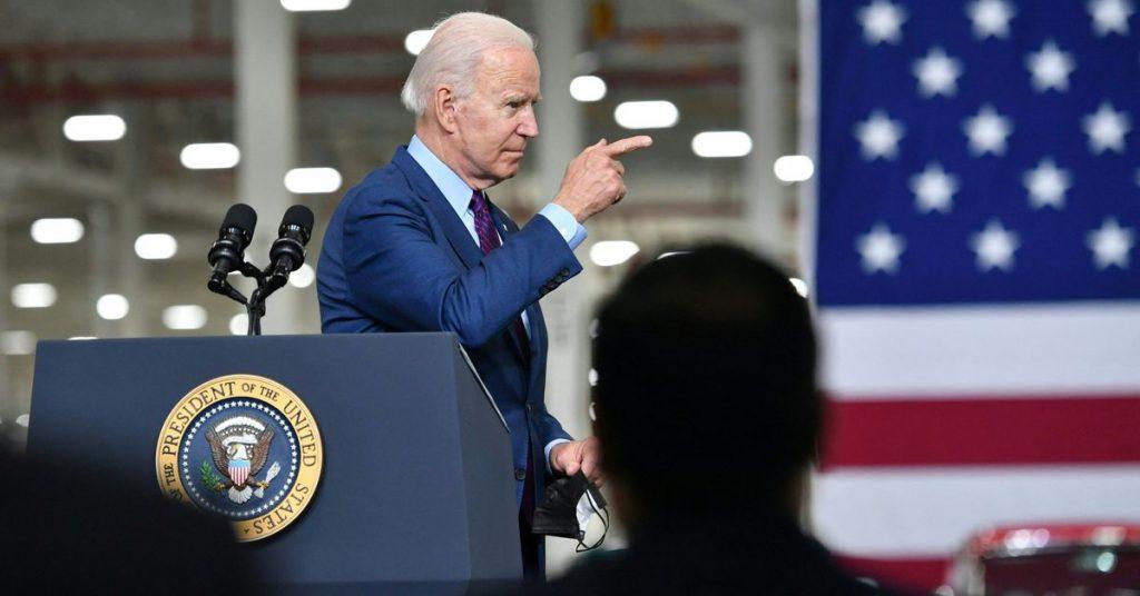 Biden chce, aby połowa nowych samochodów sprzedawanych w 2030 r. była hybrydowa lub całkowicie elektryczna