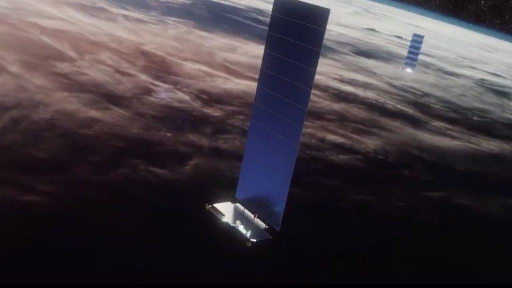 Daily Authority: zamieszanie iPhone-satelita 📡