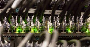 """Zamknięcia Internetu przez rządy """"rozprzestrzeniły się w naprawdę alarmującym tempie"""""""